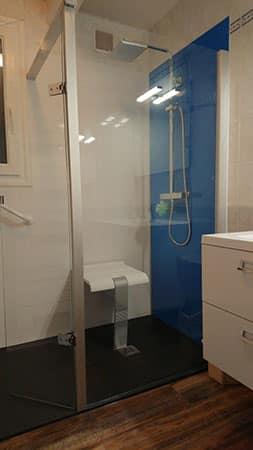 salle-de-bain-pmr-7